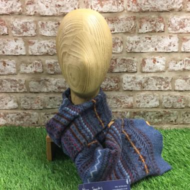 Jacquard scarf, Made in Scotland