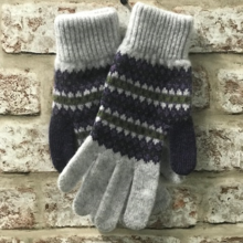 "Fairisle Ladies gloves to match scarf featured in ""HARRY POTTER AND THE HALF BLOOD PRINCE"""